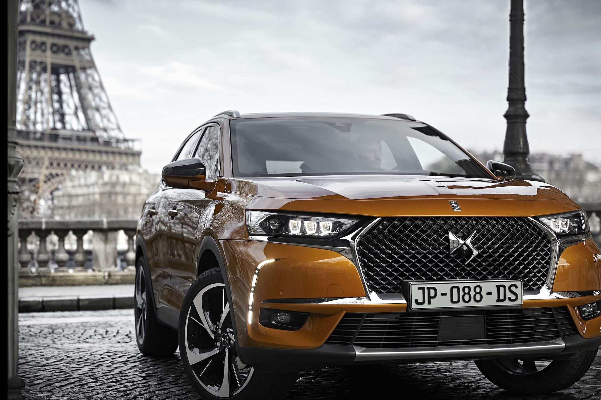 20180717_DS7-CROSSBACK_03
